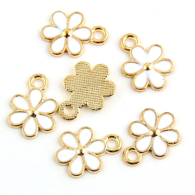 10pcs White Enamel Calliopsis Charm Pendants Gold Color Alloy beads High Quality