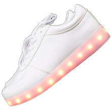 7ipupas Luminous LED SHOES 2017 Emitting Casual Shoes Men Lovers LED lighted chaussure unisex usb Charging Glowing Led Shoes
