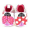 0-1 años de edad zapatos de los bebés lindos de la historieta escarabajo de color rosa princesa del bebé calza al niño primeros caminante infantil slip-en los zapatos