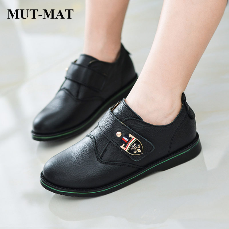 2019 Spring Kid Shoes Children Leather Shoes Boy's Metal Button Retro Design Shoes Fashion Soft Bottom Shoes