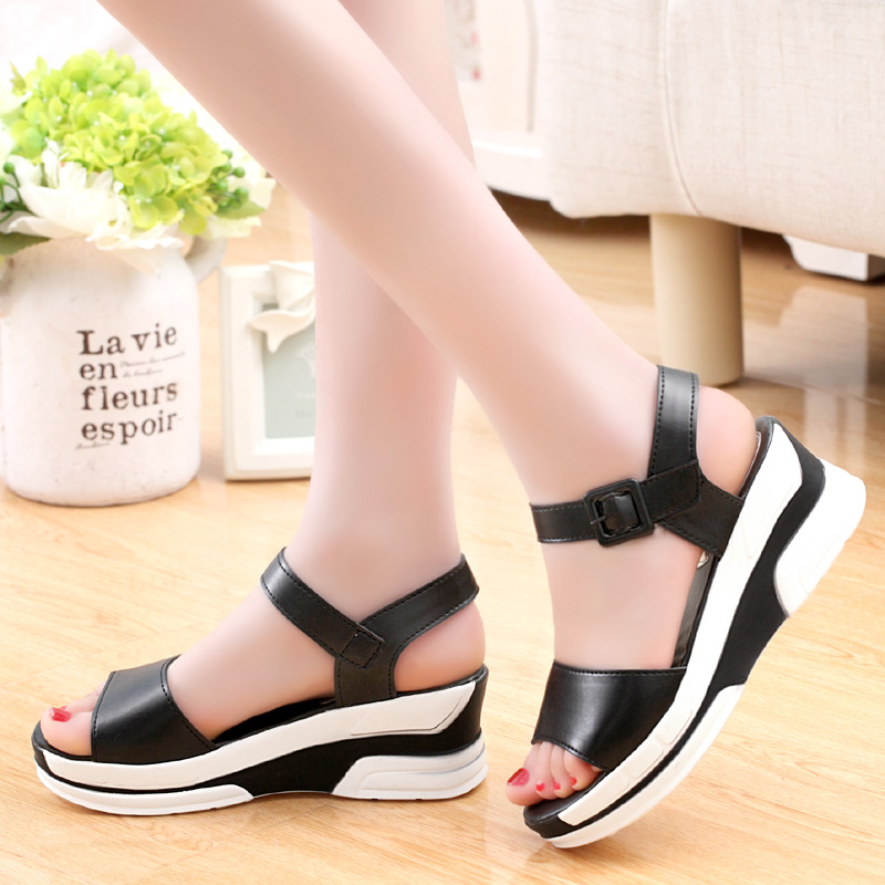HTB1zrQGLwHqK1RjSZJnq6zNLpXal 2019 Summer shoes woman Platform Sandals Women Soft Leather Casual Open Toe Gladiator wedges Trifle Mujer Women Shoes Flats