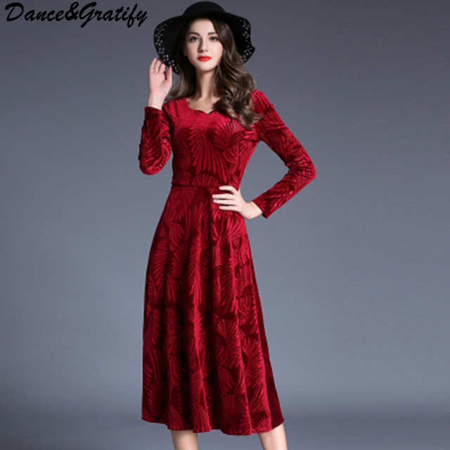 High Quality Women Vintage Red Velvet Christmas Party Dresses New 2018 Autumn Winter Lady Elegant Noble Office Work Midi Dress