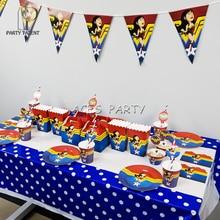 파티 용품 66pcs 8kids 원더 우먼 테마 생일 파티 장식 식기 세트, 플레이트 + 컵 + 스트로 + 배너 + 테이블 커버