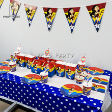 Party Supplies 66pcs สำหรับ 8 เด็ก Wonder Woman Theme วันเกิดตกแต่งชุด, จาน + ถ้วย + ฟาง + แบนเนอร์ + tablecover