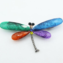 купить Fashion Vintage Crystal Blue Dragonfly Brooches For Women 2019 Men Suit Scarf Decoration Insect Animal Brooch Pin Jewelry Gift дешево