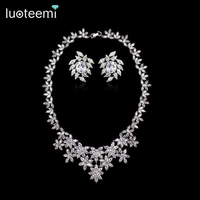 LUOTEEMI Fashion Women's Luxury Big Flowers Chain Pendant Femel Necklace with Top Grade Cubic Zircon Bridal Wedding Jewelry