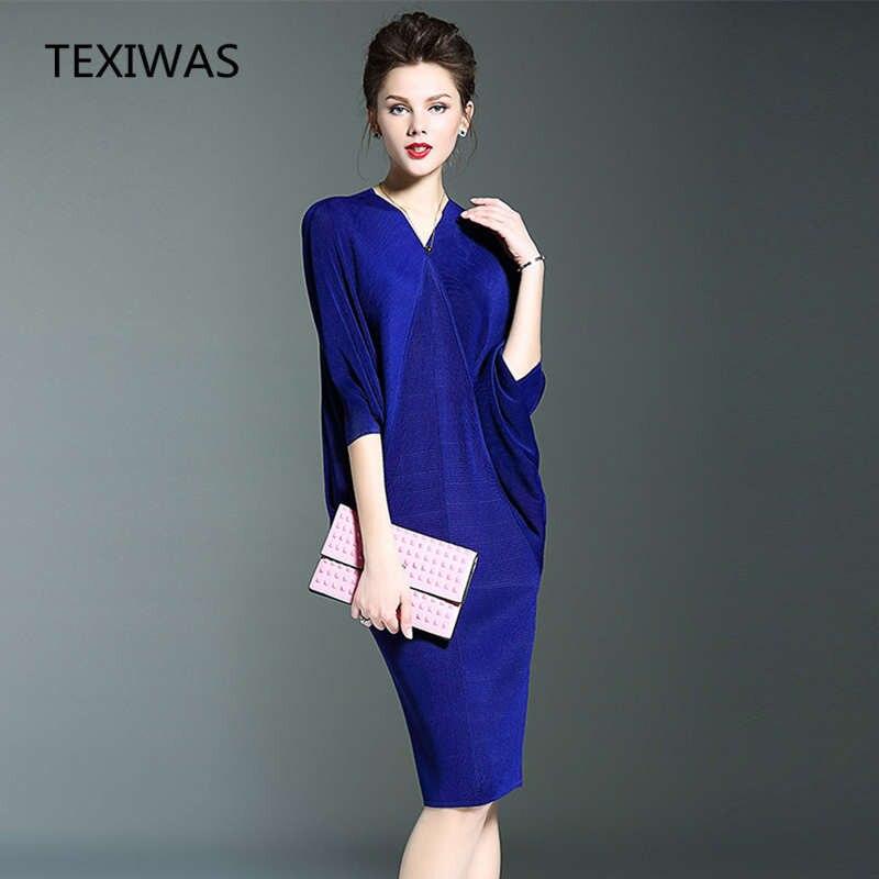 New buttocks fold dress 1