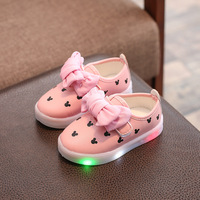 Kids Shoes With Light Girl Led Sneakers Cartoon Print Sport Glowing Princess Girls Shoes Casual Lighted Child Shoes lin2701