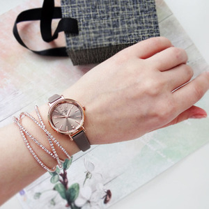 Image 3 - IBSO Women Leather Watch Set Rose Gold  Crystal Bangle Jewelry Watches Xmas Gift Box for Women Jewelry Watch Set