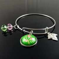 Topvekso AKA Sorority Alpha Kapp Alpha Brief Charms Einstellbar Armreif Schmuck Draht Armband