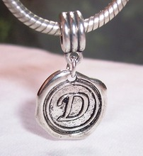 Hot ! 100pcs Tibetan Silver Letter D Alphabet Initial Dangle Bead for European Style Charm Bracelets 27 mm x 19