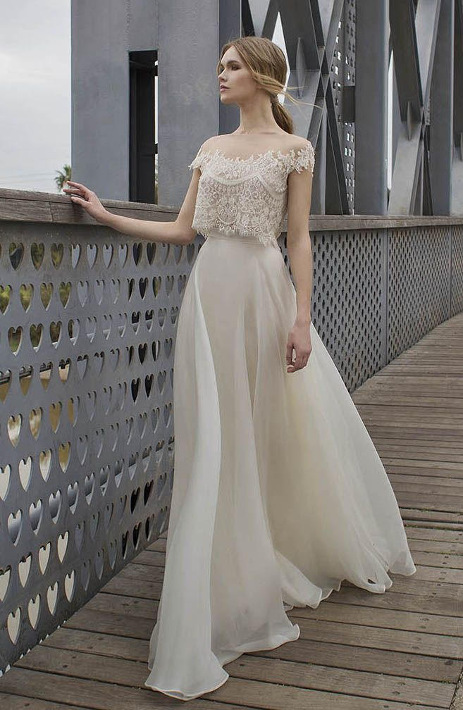 639641e0ffe9 ZY121 Romantic Tow Piece Long Lvory Beach Wedding Dresses 2016 Boat Neck  Cap Shoulder Lace Appliques Organza Boho Wedding Dress-in Wedding Dresses  from ...