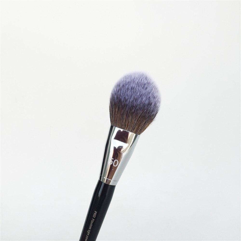 Sephora PRO Flawless Light Powder Brush #50 _ 4