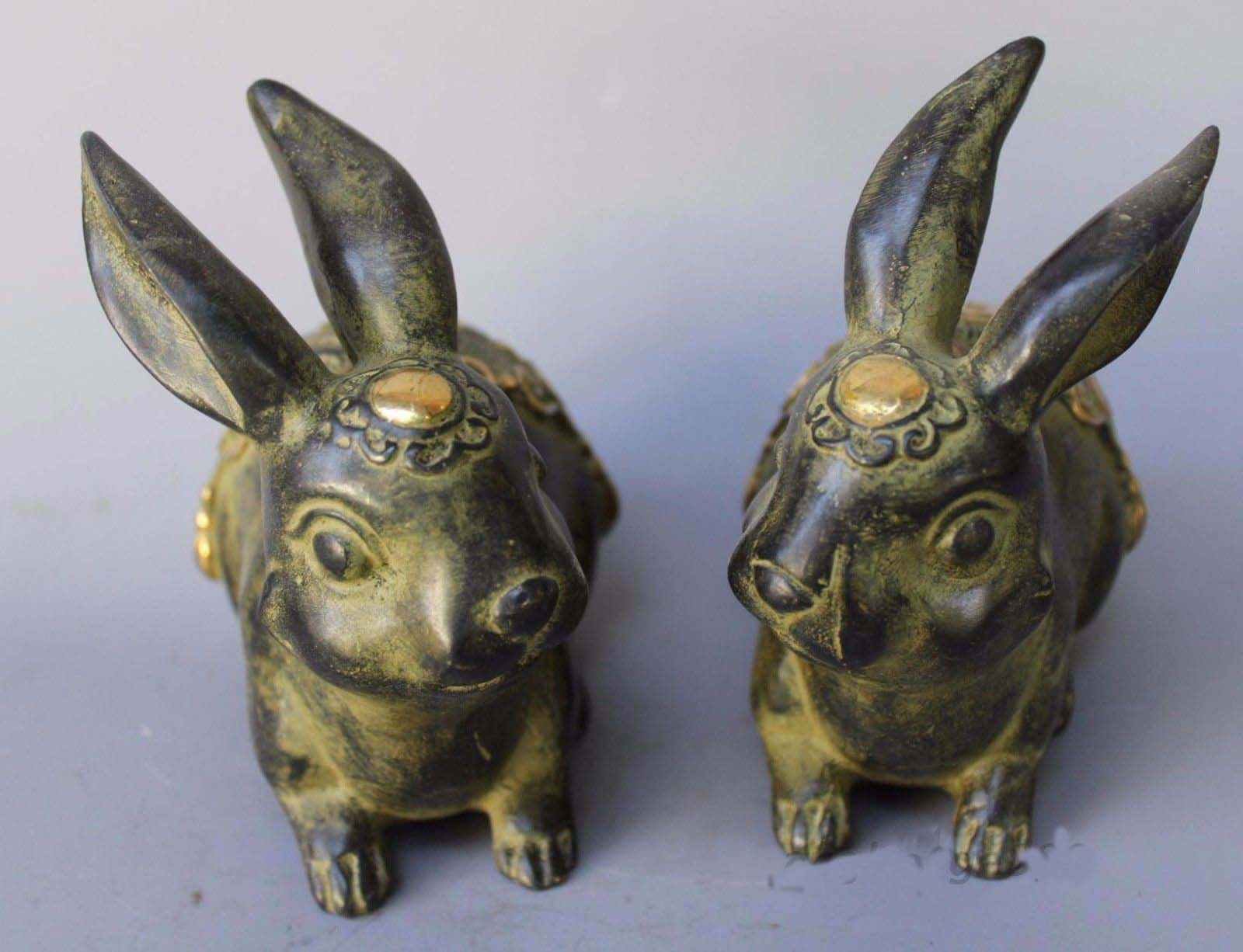 Chinese Fengshui Bronze Gilt Cute Rabbit Bunny Wealth Statue PairChinese Fengshui Bronze Gilt Cute Rabbit Bunny Wealth Statue Pair
