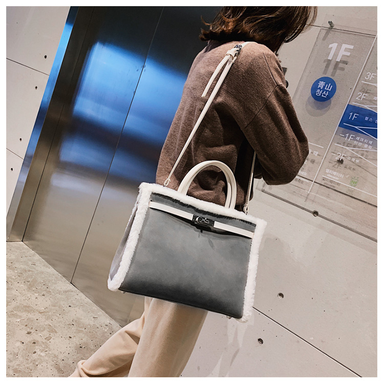 Korean handbag large capacity bucket hand bag designer big tote designer Fur women messengerc winter shopping wool no lock 93
