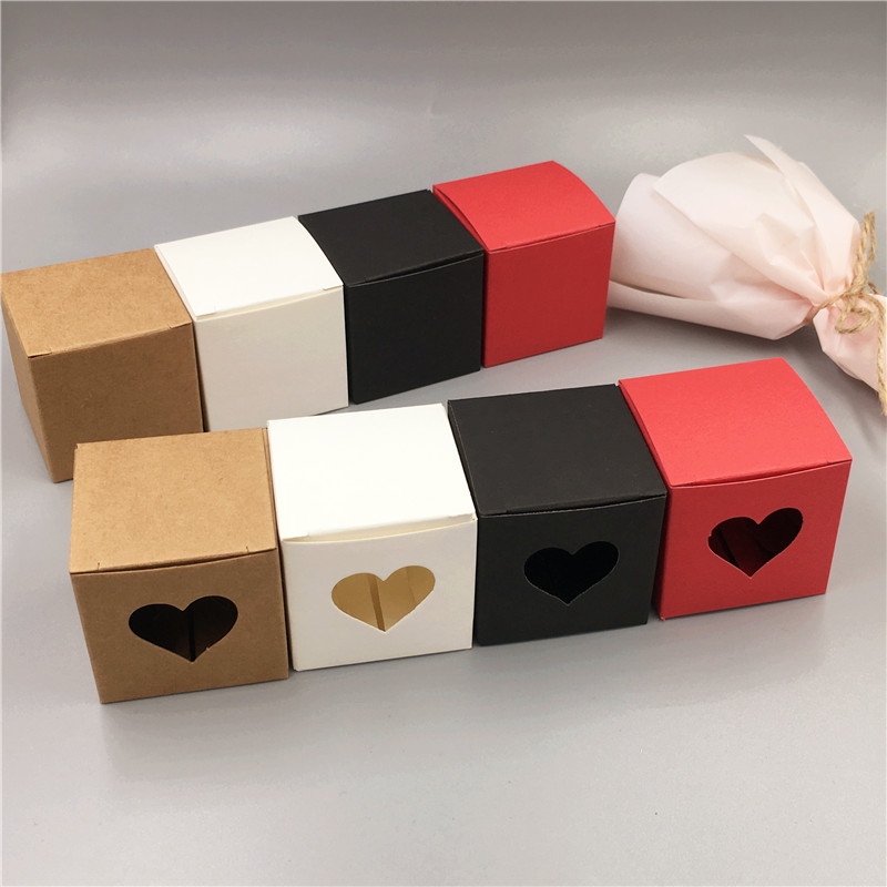 10Pcs 5x5x5cm Simple Kraft Paper Box Wedding Party Supplies For Candy/Cookie/Petal Hollow Heart Packaging Small Carton