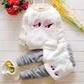 Зима Детская Одежда Устанавливает милый Утолщение Новорожденных Девочек Одежды Топ + Брюки 2 Шт. Костюмы Детская Одежда
