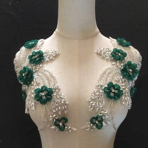 Ev ve Bahçe'ten Yapay Elmas'de 2 renk Taklidi Kristal Aplike Çift 3D Çiçekler Gelin Aksesuarları düğün elbisesi Kanat Haute Couture Kostüm Embell'da  Grup 1