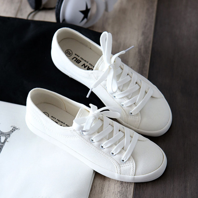 Hot Sale Fashion Women White Canvas Shoes Concise Low Top Casual Flat Student Shoes Lace Up Solid Canvas Women Shoes 172
