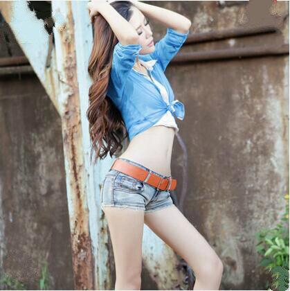 2017 Summer New Fashion Sexy Disco Nightclubs Female Women Girls Elastic Slow Waist Tight Jeans Denim Shorts Clothing Clothes