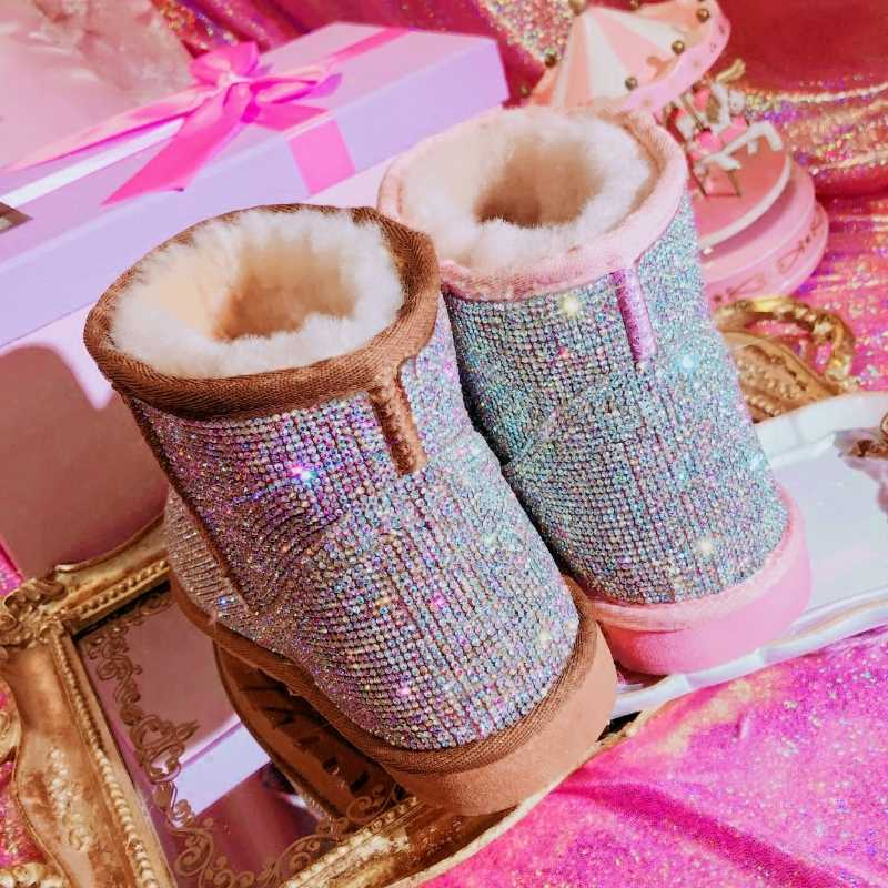 Bling คริสตัลผู้หญิง Warm Snow Boots 2018 Handmade Shiny Rhinestones AB เพชร Cow Suede ข้อเท้าแบนรองเท้าบูทฤดูหนาวรองเท้า