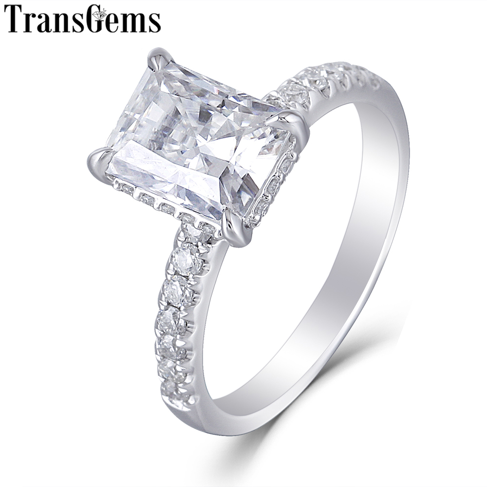 Transgems 14 K oro blanco 1.8ct 6X8mm Color F radiante corte Moissanite anillo de compromiso bajo Halo lado anillo de piedra para las mujeres