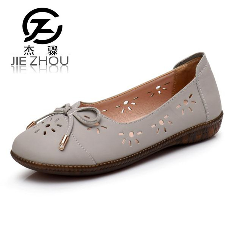 Summer leather hollow women's shoes flat bottom middle-aged women's shoes soft-bottomed flat sandals Gray, black obuv 2018 new summer casual genuine leather hollow flat shoes green black women shoes comfortable and breathable hole shoes obuv