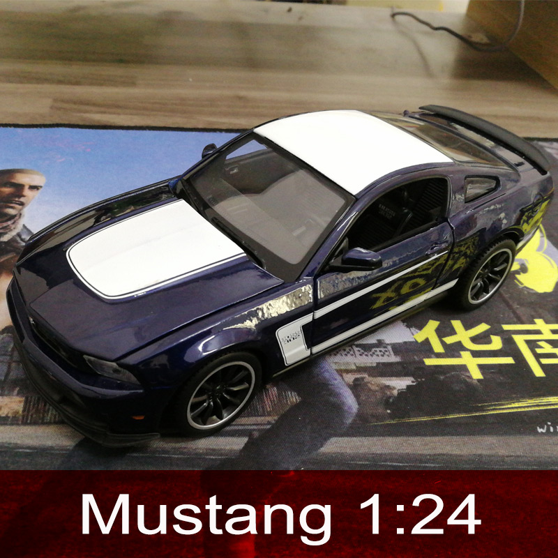 Collector's Edition Car Model Mustang 1:24 Alloy Static Model Sports Car Model Color Box Package Toys Kids Boy Gifts italy sports car reventon alloy static model 1 24 convertible car limited edition model color box package toys gift