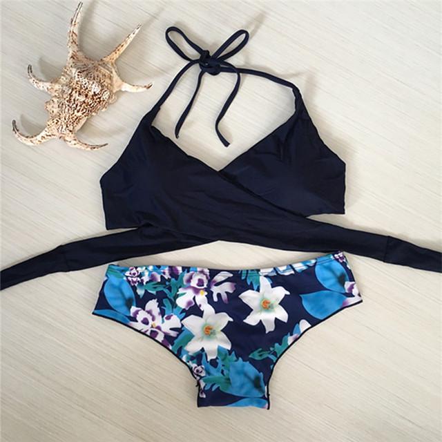 Sexy thong Bikini Set Swimwear Push-Up Padded Bra Swimsuit Beachwear Bandage string summer swimming suit beach flower style 2017