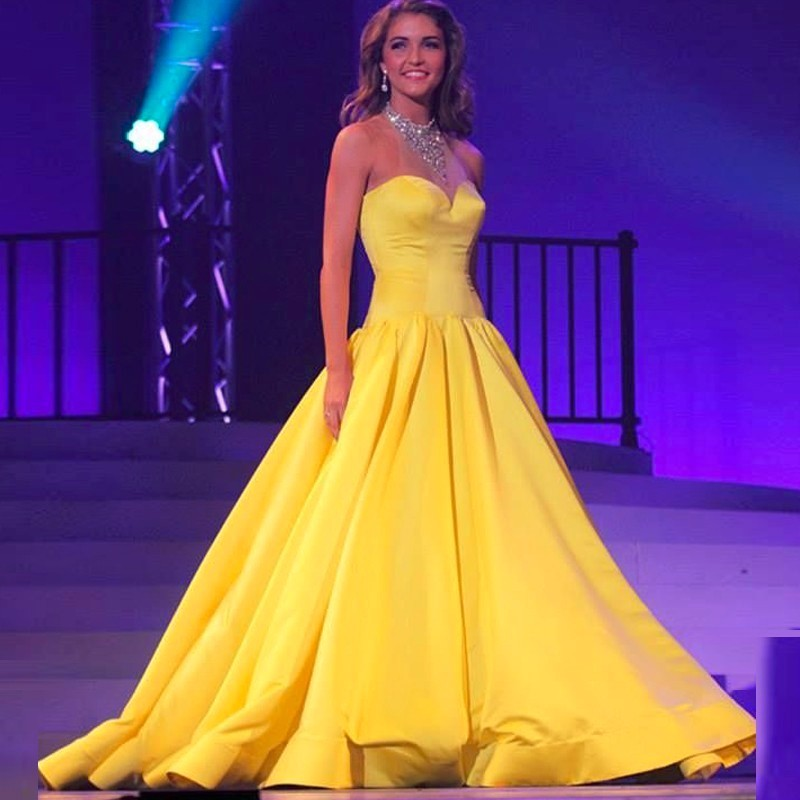 Elegant Sweetheart Ball Gown Prom Dresses Corset Lace Up Back yellow Satin Sleeveless Pageant Party Gowns