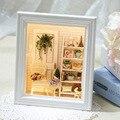Móveis Casa de bonecas Em Miniatura Diy 3D Moldura De Madeira Miniaturas Casa De Bonecas Brinquedos para As Crianças Presentes de Aniversário Artesanato W005