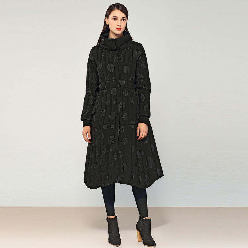 YNZZU 2018 Winter Elegant Women's   Down   Jacket High Quality Print Long 90% White Duck   Down     Coat   Slim Warm Female Jacket O762