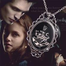 The Twilight Saga Rosalie Lillian Hale animal lion flower palm Family sign pendant necklace vintage chain collar women female
