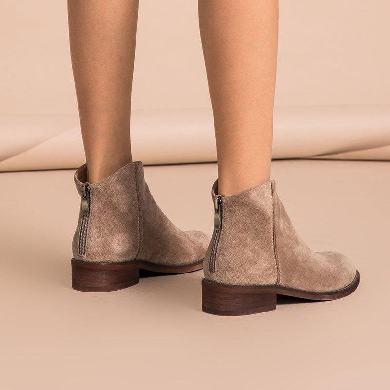 Ayakk.'ten Ayak Bileği Çizmeler'de BeauToday yarım çizmeler Hakiki Deri En Kaliteli Fermuar Sonbahar Kış Moda Bayan Inek süet ayakkabı El Yapımı 03274'da  Grup 3