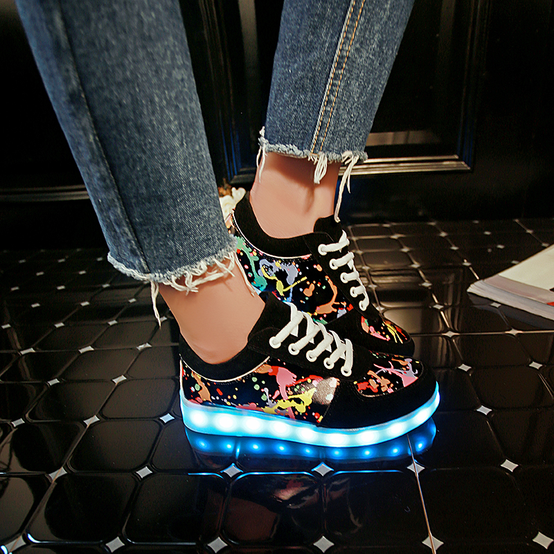 Black Children Shoes Fashion Youth LED Sneakers 7 Colorful With USB Rechargeable Girls Night Light Shoes PU Print