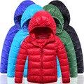 Chaquetas de Algodón de los niños 2017 Nuevo Invierno Caliente Parkas Con Capucha Niños Y Niñas Abrigo de Invierno Outwear Niño 2-10Y