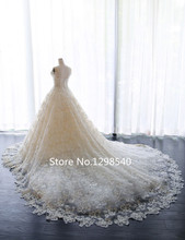 Real Princess Ball Gown Heavy Lace Wedding Gowns Romantic Short Sleeves Pearls Crystal Bridal Gown Robe De Mariage RW191