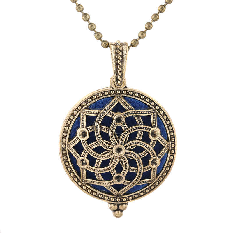 New Aroma Kaleidoscope Retro Necklace Antique Locket Pendant Magnetic Perfume Essential Oil Diffuser Locket Aromatherapy Jewelry