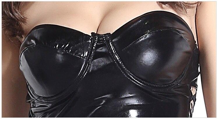 latex Shiny black