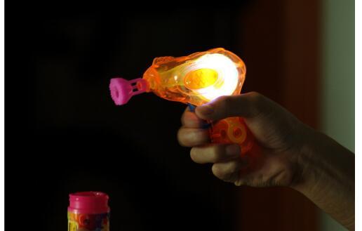 Shining-Bubble-Gun-Shooter-Blower-Outdoor-Kids-Child-Toys-Gift-2