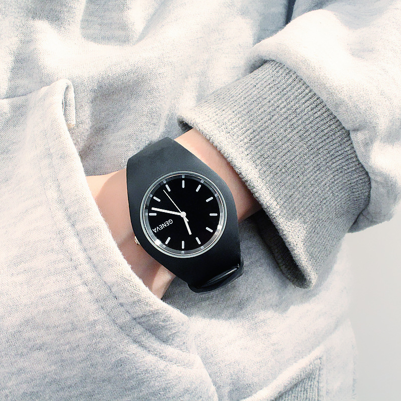 Trend Harajuku Style Watch Female Student Student Boys Simple Jelly Quartz Watches Personality Gift