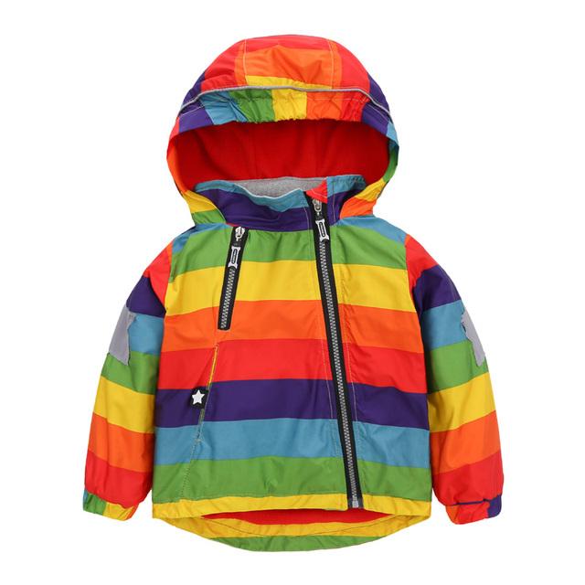 2016 niños Calientes de la moda rompevientos Arco Iris más el terciopelo de la cremallera oblicua niño niña capa de lluvia con cazadora