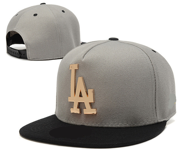2017 brand NEW fashion COOL man Hip Hop Cap LA Snapback Hats Male gold NY  Woman Hip Hop Hat grey and black cotton baseball caps a44cbfea29e