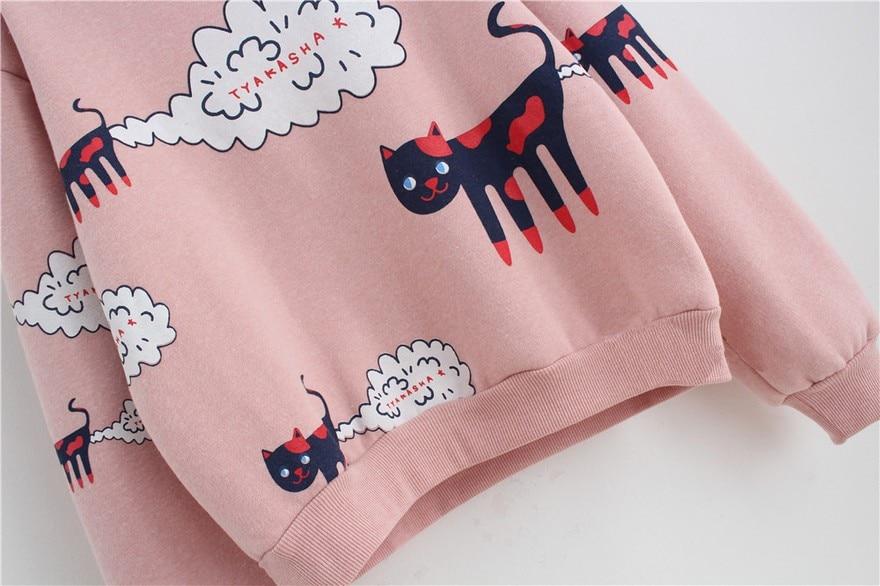 17 New Spring Autumn Sweatshirt Women Tops Plus Size Loose Casual Plus Thick Velvet Cartoon Cat Pattern Sweatshirts Pullovers 11