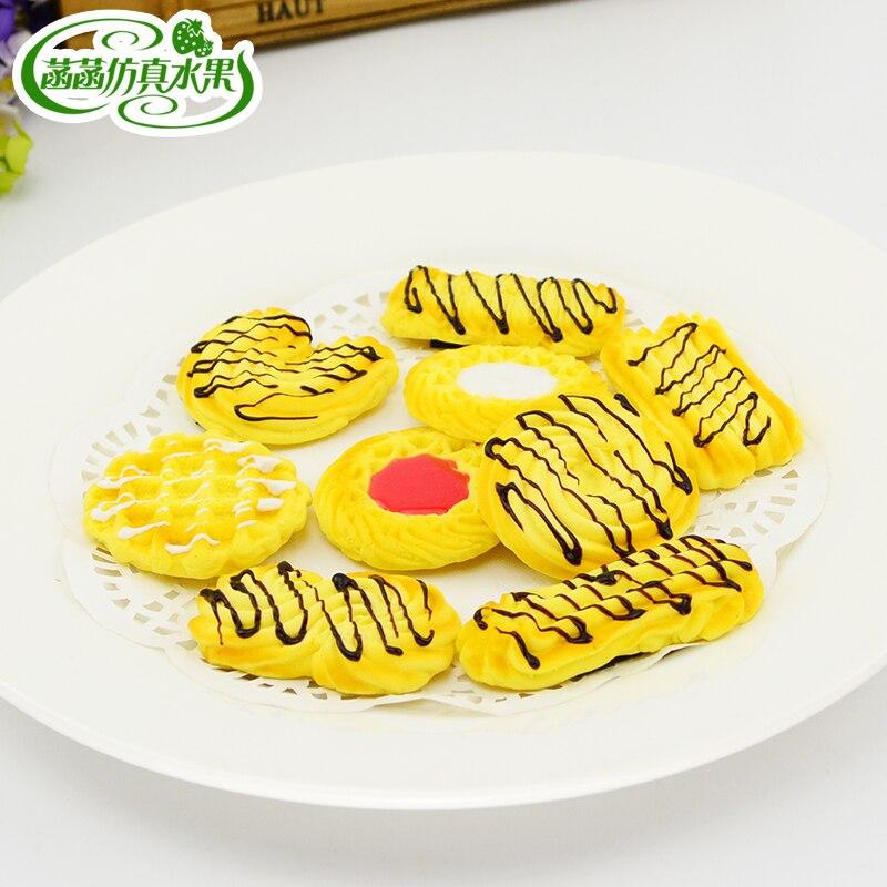 Artificial biscuit cookies sandwich cream mask model kitchen cabinet decoration technology refrigerator stickers