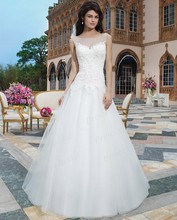 Free Shipping Newest Style Romantic Formal Puffy Boat Neck Sheer Back Sweep Train Lace Top Ball Gown Wedding Dress SW3796