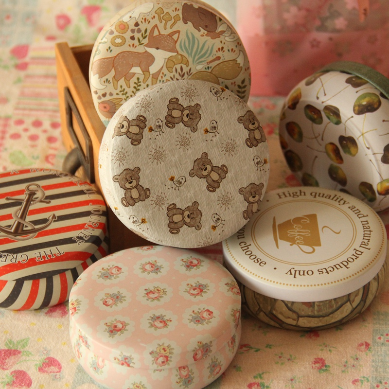Tinplate Round Macaron Dessert Box Tin Penyimpanan Kecil Coin Jewelry Case Chewing Gum Box Percetakan Indah