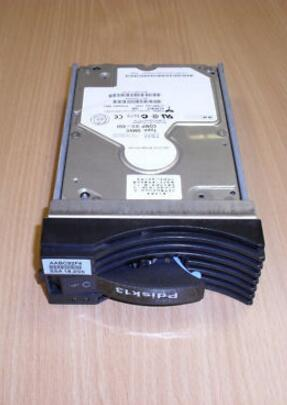Hard drive 22R0610 22R4766 3.5 18GB 10K SCSI 4MB one year warranty hard drive kw18l721 u160 68pin 3 5 18gb 10k scsi 4mb one year warranty