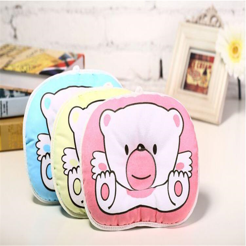 2018 Cute Cartoon Bear Design Baby Pude Bomuld Pude Infant Toddler Shaping Pillow Nyfødt Blød Halspude 24x18cm
