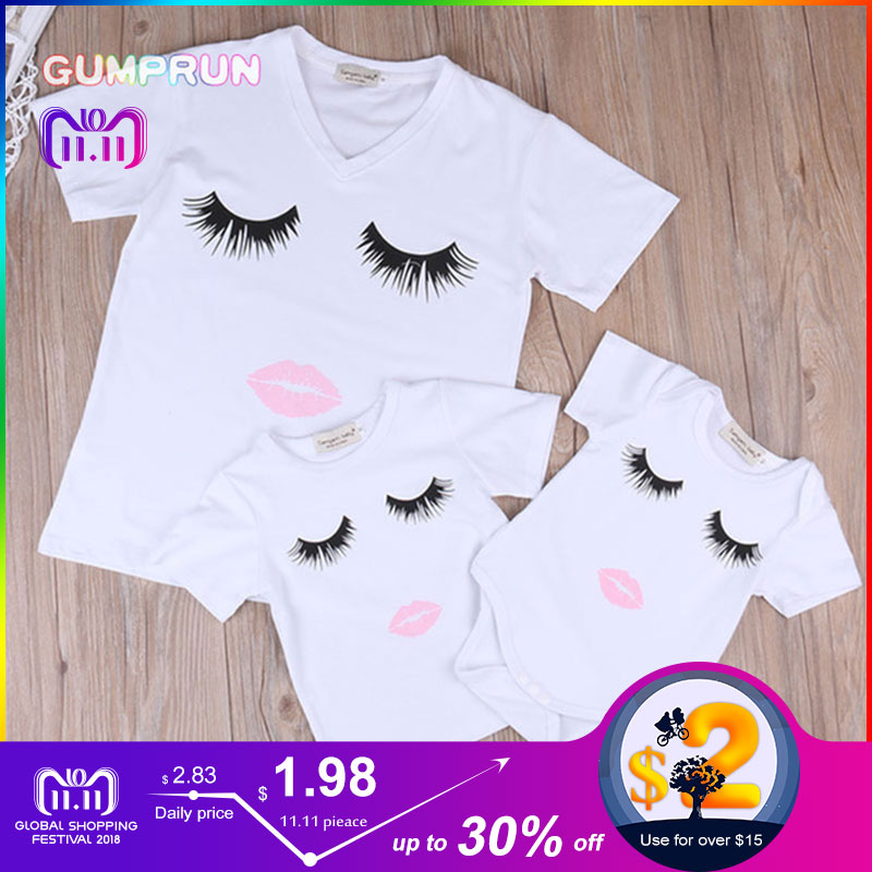 GUMPRUN 2018 Summer Mother and Daughter Clothes eyelash and Lip Pattern T-shirt Bodysuit family matching clothes tshirt family contrast eyelash lace t shirt